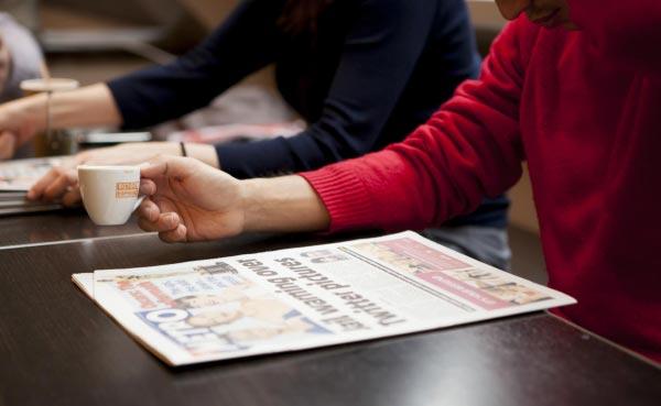 Aulas de inglês individuais no exterior, café e notícias.. obviamente em inglês!
