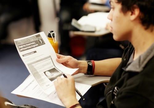 TOEFL, esame e certificazione internazionale di inglese, corsi di preparazione all'estero, reading lettura
